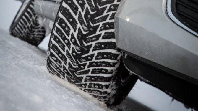 Минтранс выступил против увеличения срока запрета нашипованные шины