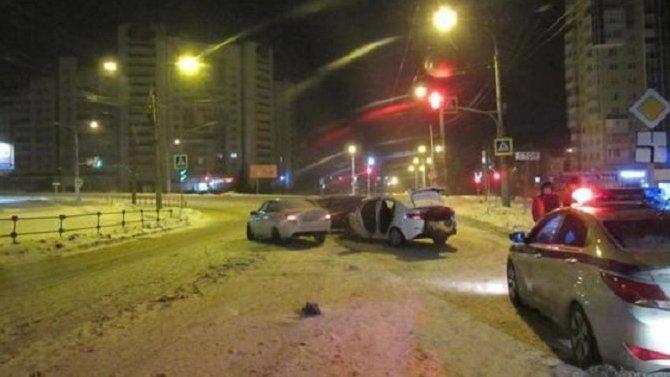 Четыре человека пострадали в ДТП в Чебоксарах