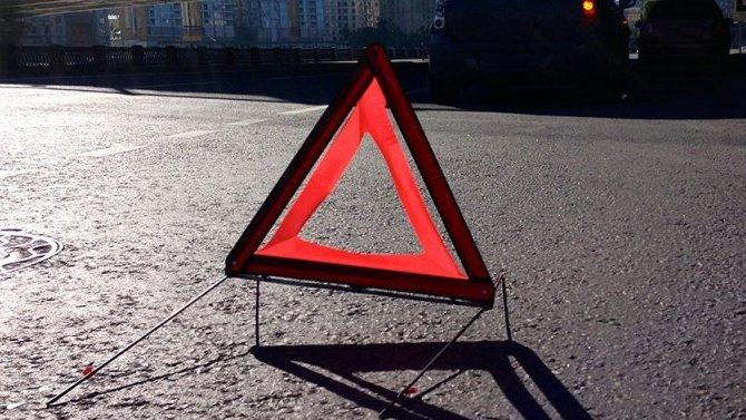 В Сочи водитель после ДТП вылетел из машины и погиб