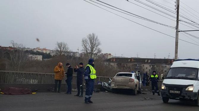 Один человек погиб итрое, втом числе двое детей, пострадали вДТП вКалуге