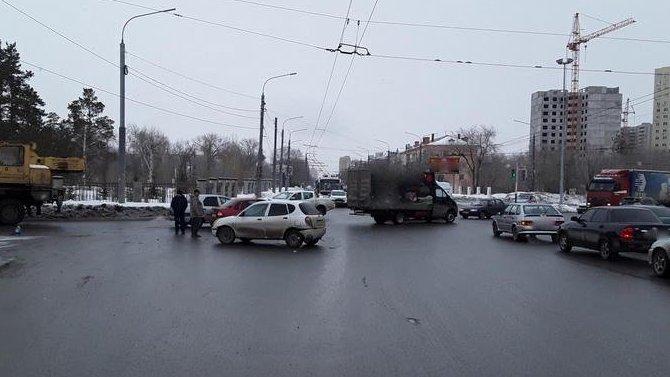 Женщина и ребенок пострадали в ДТП в Оренбурге