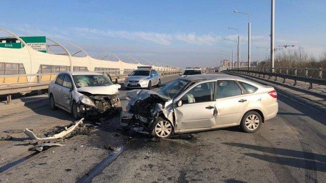 Два человека пострадали в ДТП на Планерной