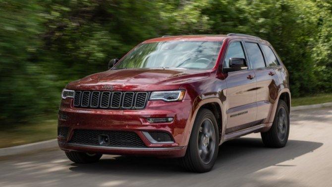 Натесты выехал обновлённый Jeep Grand Cherokee