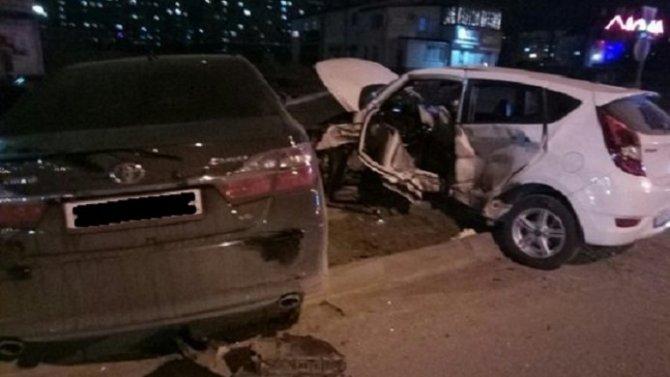 Пассажир иномарки погиб в ДТП в Волгодонске