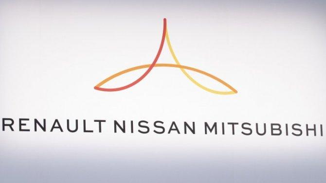 ВMitsubishi хотят купить часть акций Renault