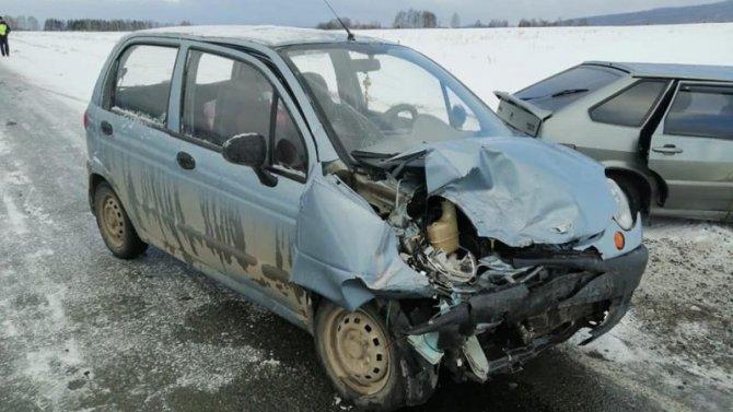 Двое взрослых и ребенок пострадали в ДТП в Башкирии