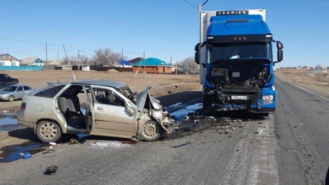 Пять человек погибли в ДТП в Актюбинской области