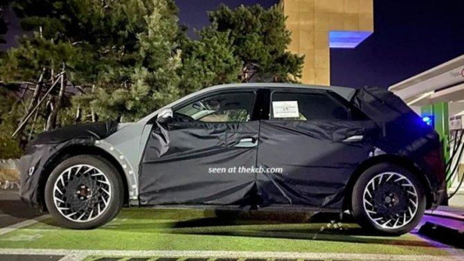 Надорогах замечен новый электромобиль отHyundai