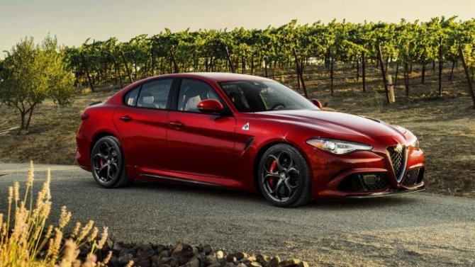 Опубликованы изображения нового спорт-седана Alfa-Romeo Giulia GTA