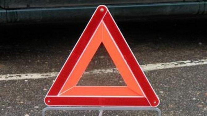 В тройном ДТП в Новом Уренгое погиб человек