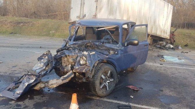 В тройном ДТП в Курской области погиб водитель