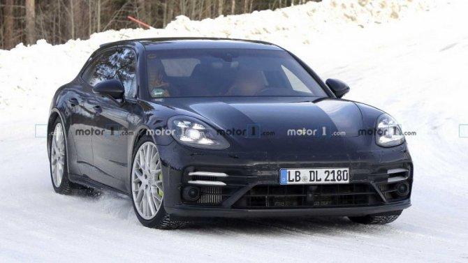 Надорогах замечен рестайлинговый Porsche PanameraST