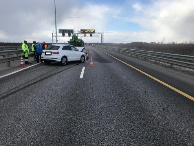 Два человека пострадали в ДТП на трассе М-11 в Тверской области (1)