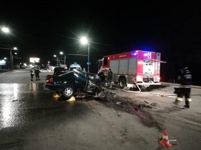 Водитель BMW погиб в ДТП под Оренбургом (1)