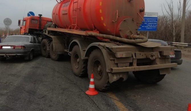 Водитель «Волги» погиб в ДТП под Оренбургом (1)