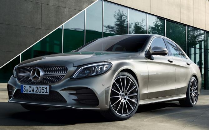 10 Mercedes-Benz C-Class