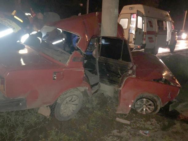 17-летний пассажир ВАЗа погиб в ДТП в Новомосковске