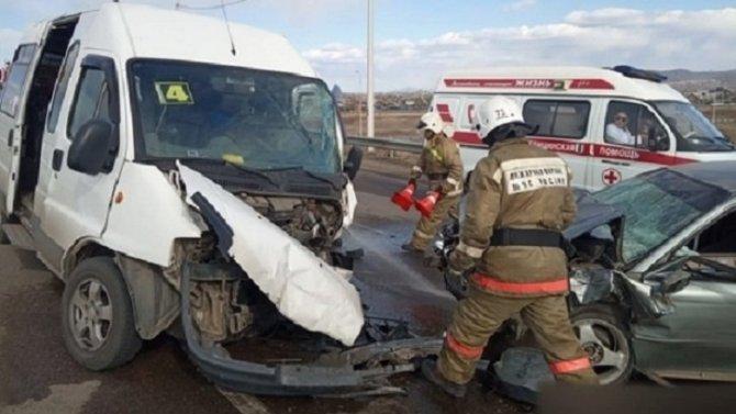 В ДТП в Улан-Удэ пострадали шестеро