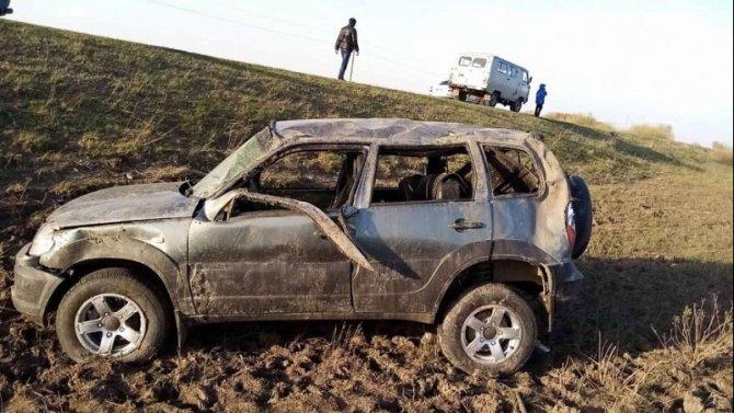 В Саратовской области при опрокидывании машины погиб человек