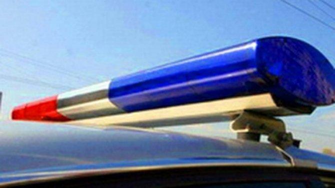 В Лавриках автомобиль сбил девушку, водитель скрылся