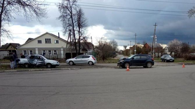 Два человека пострадали в ДТП в Курске