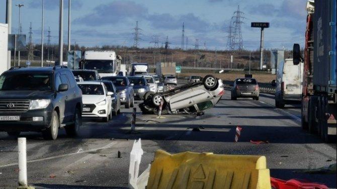 Водитель иномарки погиб в ДТП на КАД
