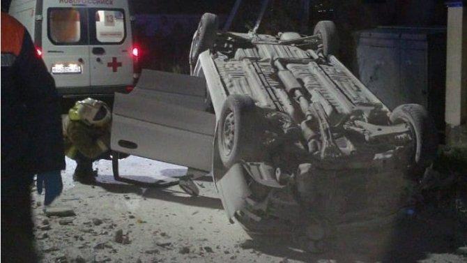 В Новороссийске при опрокидывании машины погиб человек