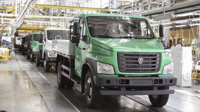 Регионы решают: ГАЗ возобновил работу своего головного завода