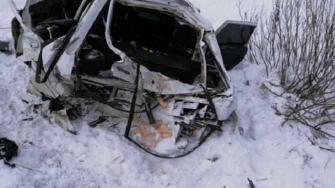 В ДТП на переезде в Кировской области погиб человек