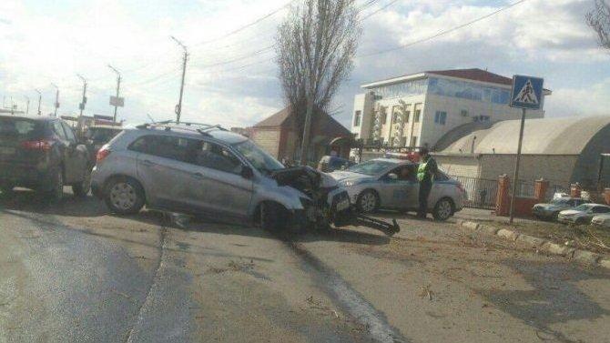Трое взрослых и ребенок пострадали в ДТП в Саратове
