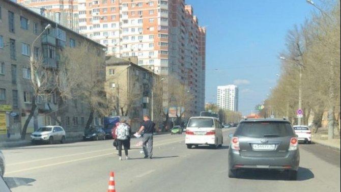 В Воронеже иномарка насмерть сбила женщину