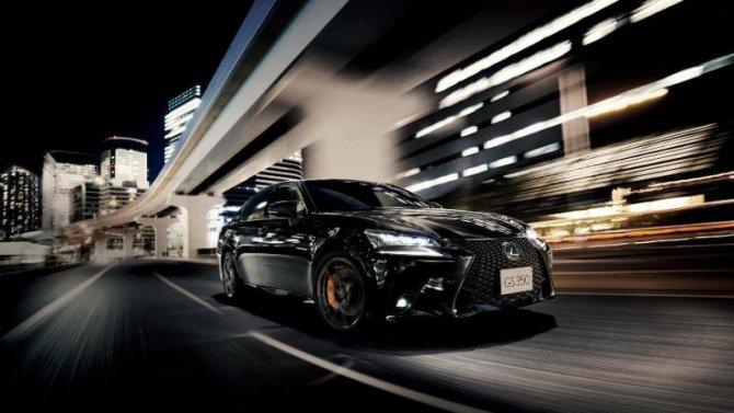 Седан LexusGS снимается спроизводства