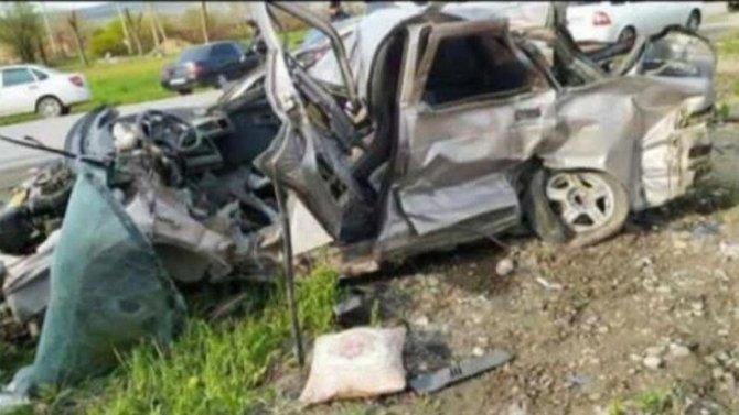 В ДТП в Ингушетии погиб мужчина с двумя детьми