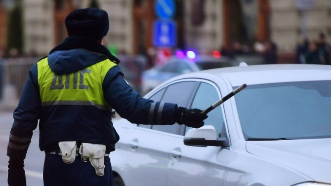 Пандемия: вМоскве начнут штрафовать нарушивших самоизоляцию водителей