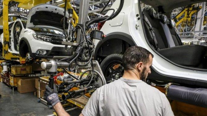Пандемия: фирма Renault возобновила работу своих заводов воФранции