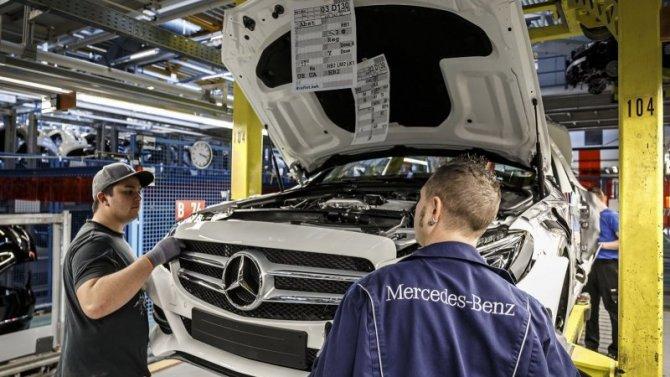 Регионы решают: российский завод Mercedes-Benz возобновил производство