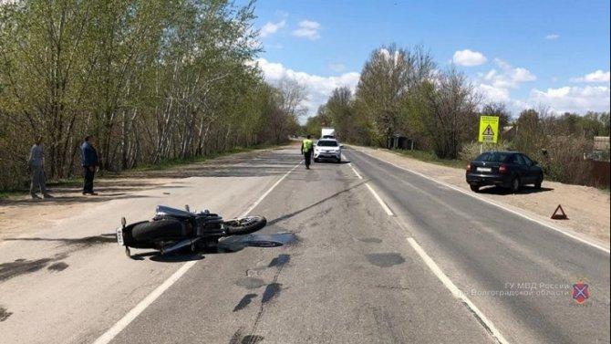 14-летний подросток на мопеде погиб в ДТП в Городищенском районе
