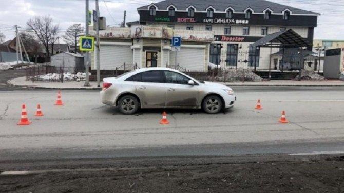 В Новосибирске 19-летняя девушка сбила пешехода