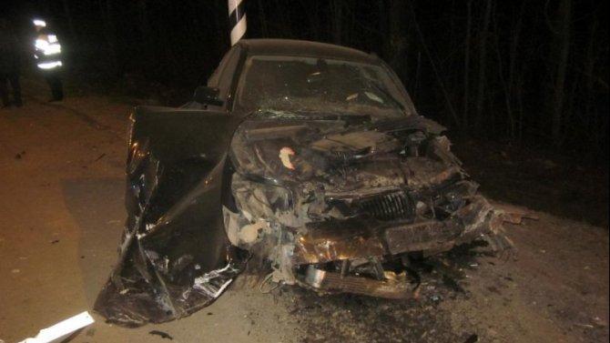 Четыре человека пострадали в ДТП с такси под Орлом