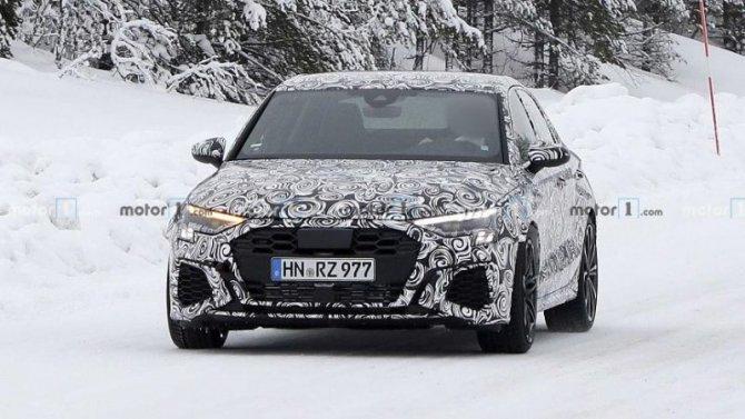 Продолжаются испытания нового Audi RS3