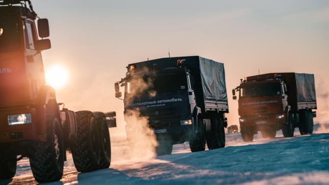 «КамАЗ» испытал свои беспилотные грузовики в Арктике