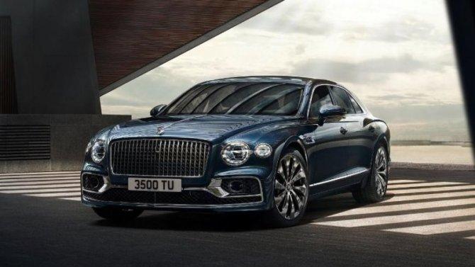 Новый Bentley Flying Spur— мощь ироскошь