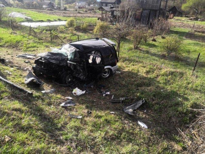 Пассажирка иномарки погибла в ДТП вПриморском крае (2)