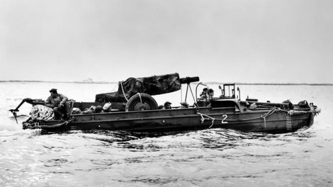 DUKW-353 в воде
