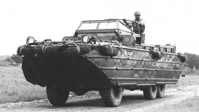 DUKW-353 на суше