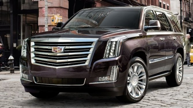 Москвичка выиграла суд удилера Cadillac иполучила 6 млн зазапах всалоне автомобиля
