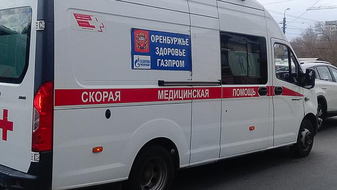 В Оренбурге женщина-водитель сбила двух школьниц на тротуаре