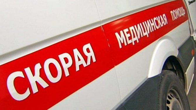 Под Волгоградом ВАЗ сбил двух девушек