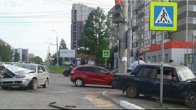 Женщина и ребенок пострадали в ДТП в Ижевске