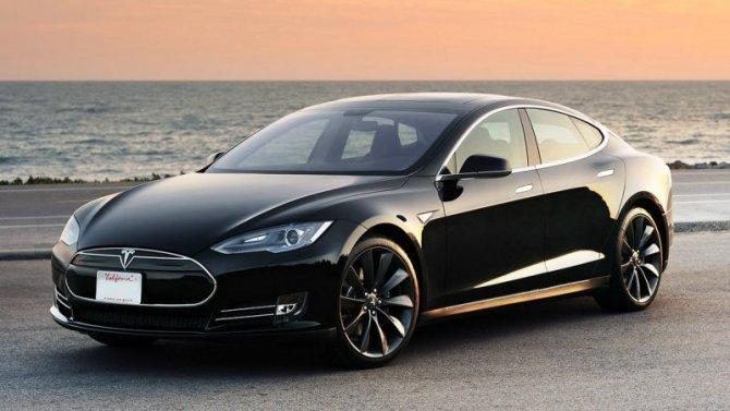 Пандемия: электромобили Tesla дешевеют из-за снижения спроса